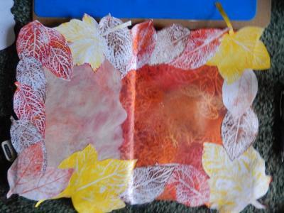 Colourful leaf print border